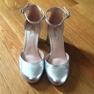 Silver Topshop Mary Jane heels